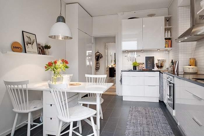 Светлая кухня в разных стилях