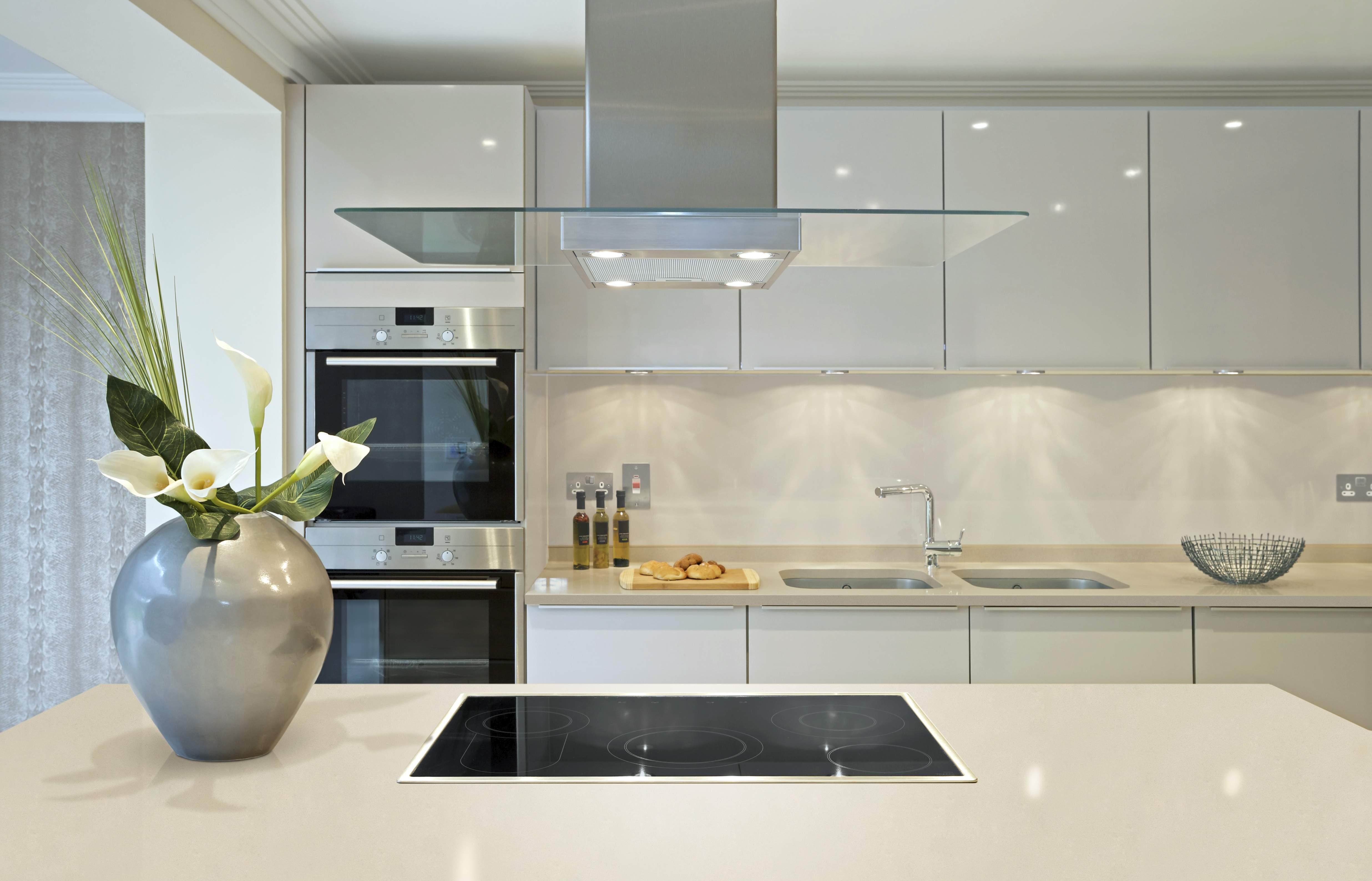 Дизайн кухни 2015 модерн фото