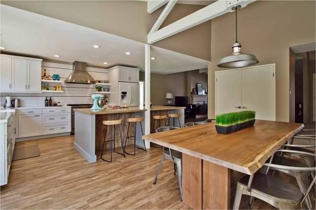 Дизайн кухни студии 20 кв м фото