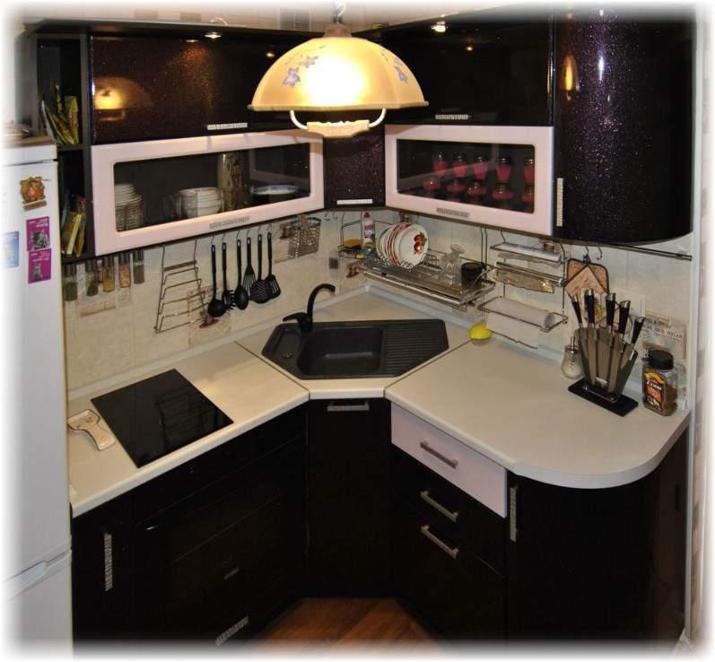 Кухня с угловой мойкой дизайн фото