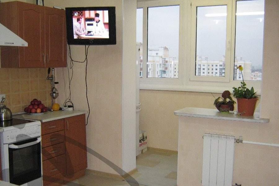 Кухня с выходом на лоджию дизайн..