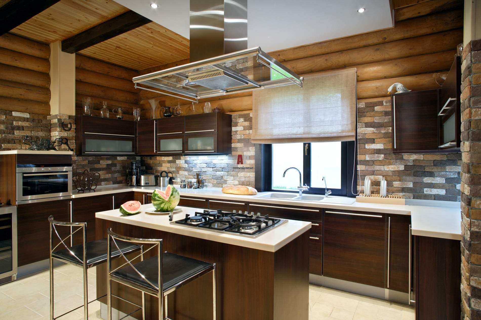 Дизайн кухни дома с