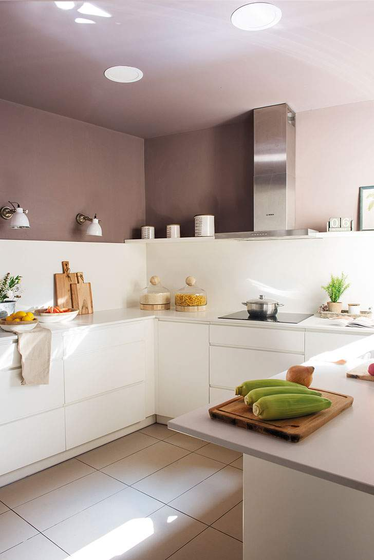 белая кухня без верха
