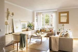 бежевая гостиная в пастельных тонах