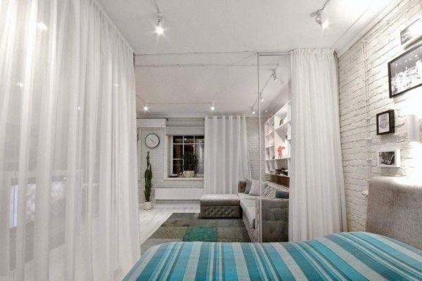 перегородка между спальней и гостиной